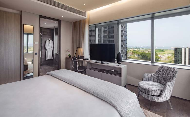 Oakwood Premier OUE Singapore Celebrates World Gin Day with Immersive Staycation Package