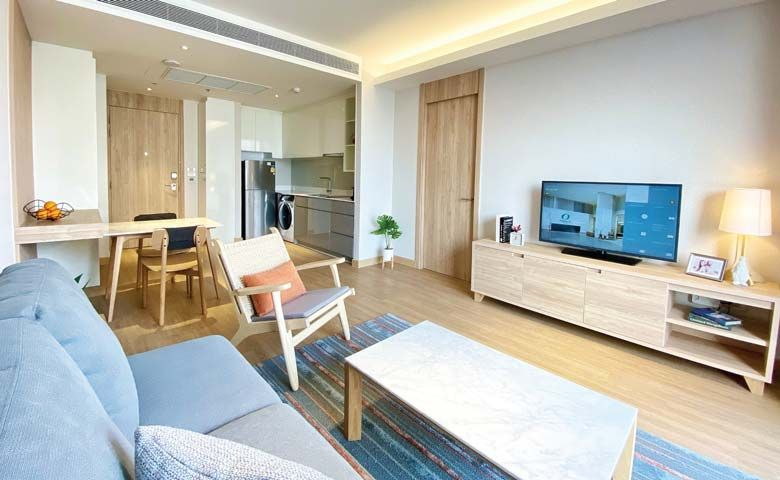 Oakwood Suites Bangkok – One-Bedroom Executive Apartment Living Room