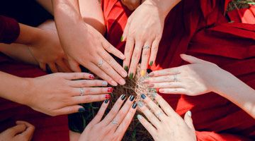Time to gather your besties for rousing conversations complete with a pampering in-room nail refresh.
