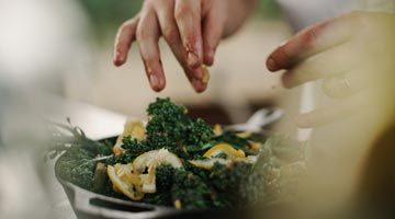 Be a special chef for your loved ones with all-inclusive cooking box