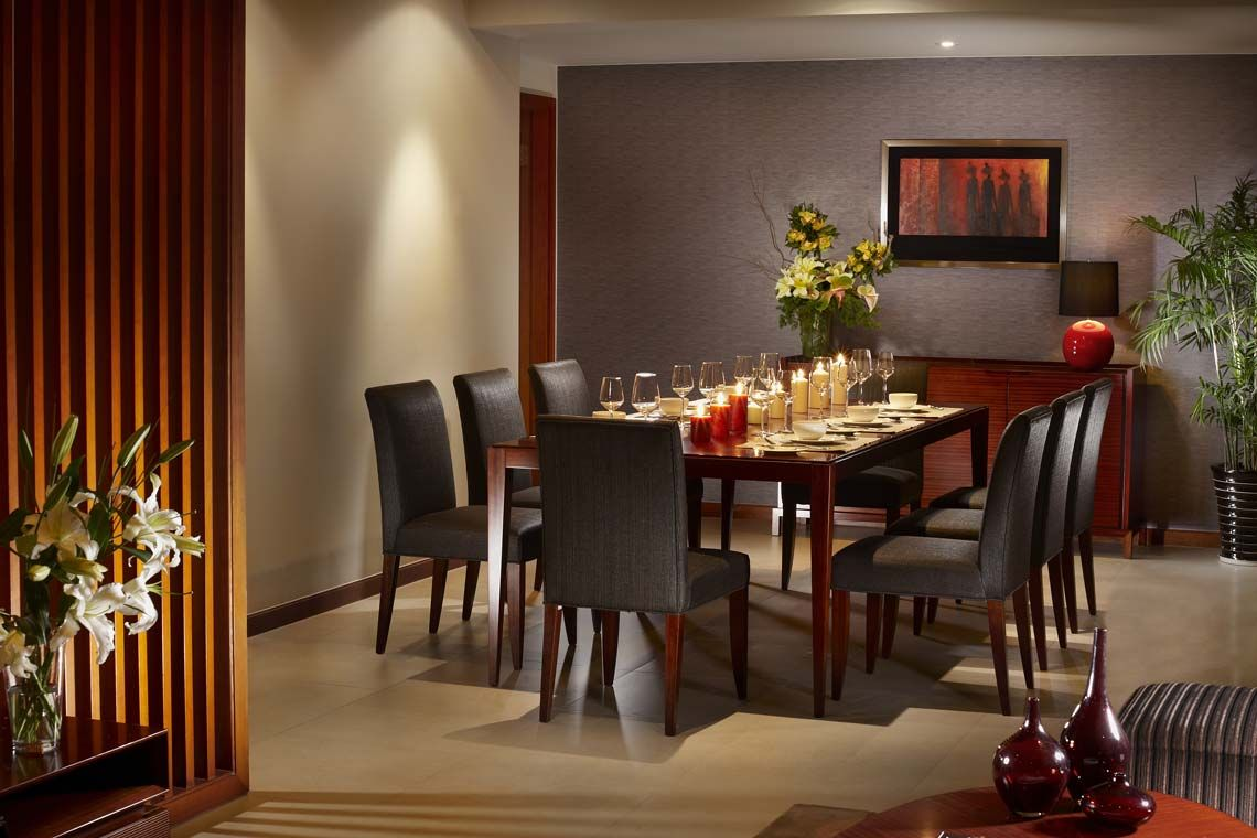 Oakwood Residence Shanghai's three-bedroom executive apartment's dining area