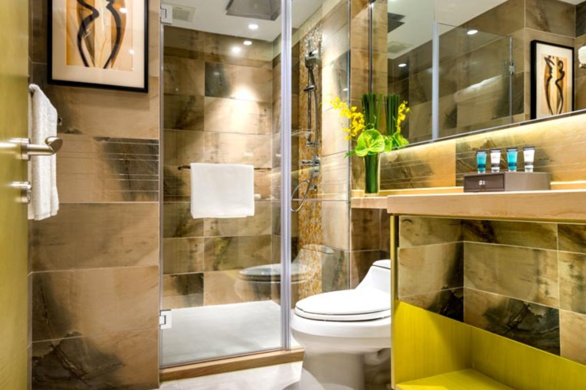 Oakwood Hotel & Residence Suzhou's deluxe room's bathroom