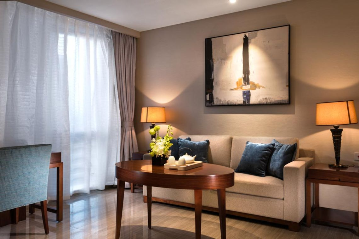 Oakwood Hotel & Residence Suzhou's studio apartment's living room