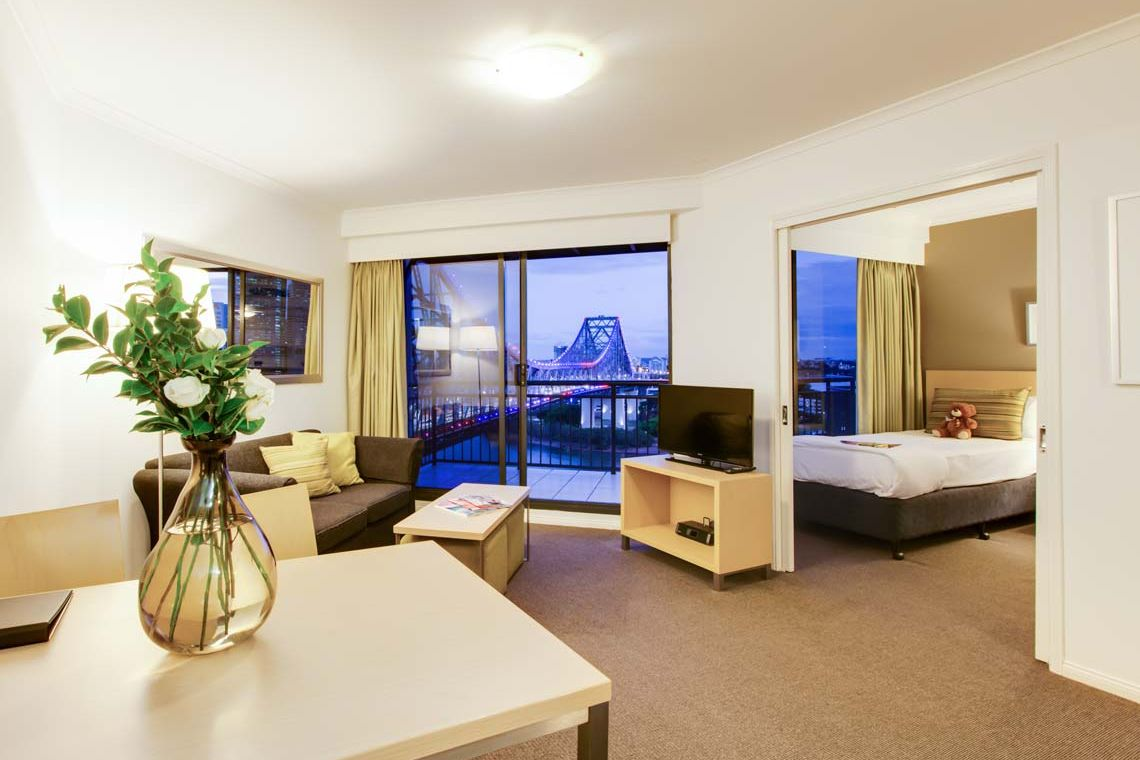 Oakwood Hotel & Apartments Brisbane's two-bedroom apartment riverview