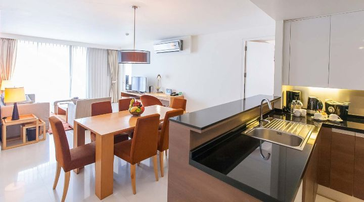 Oakwood Residence Sukhumvit 24, Bangkok's two-bedroom executive apartment