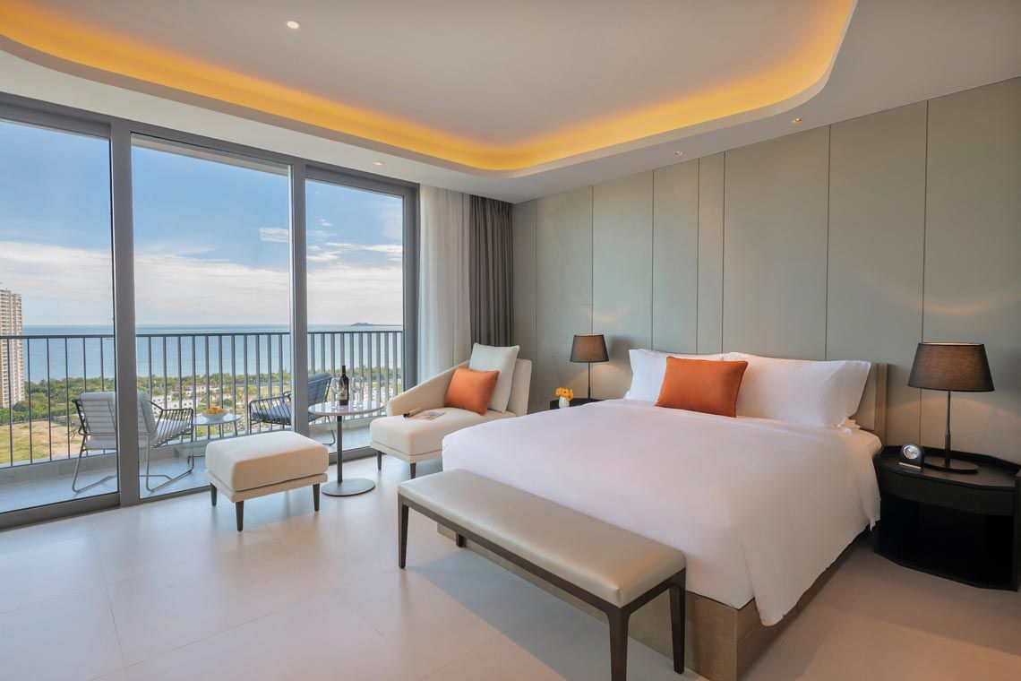 Oakwood Apartments Sanya's studio executive with ocean view