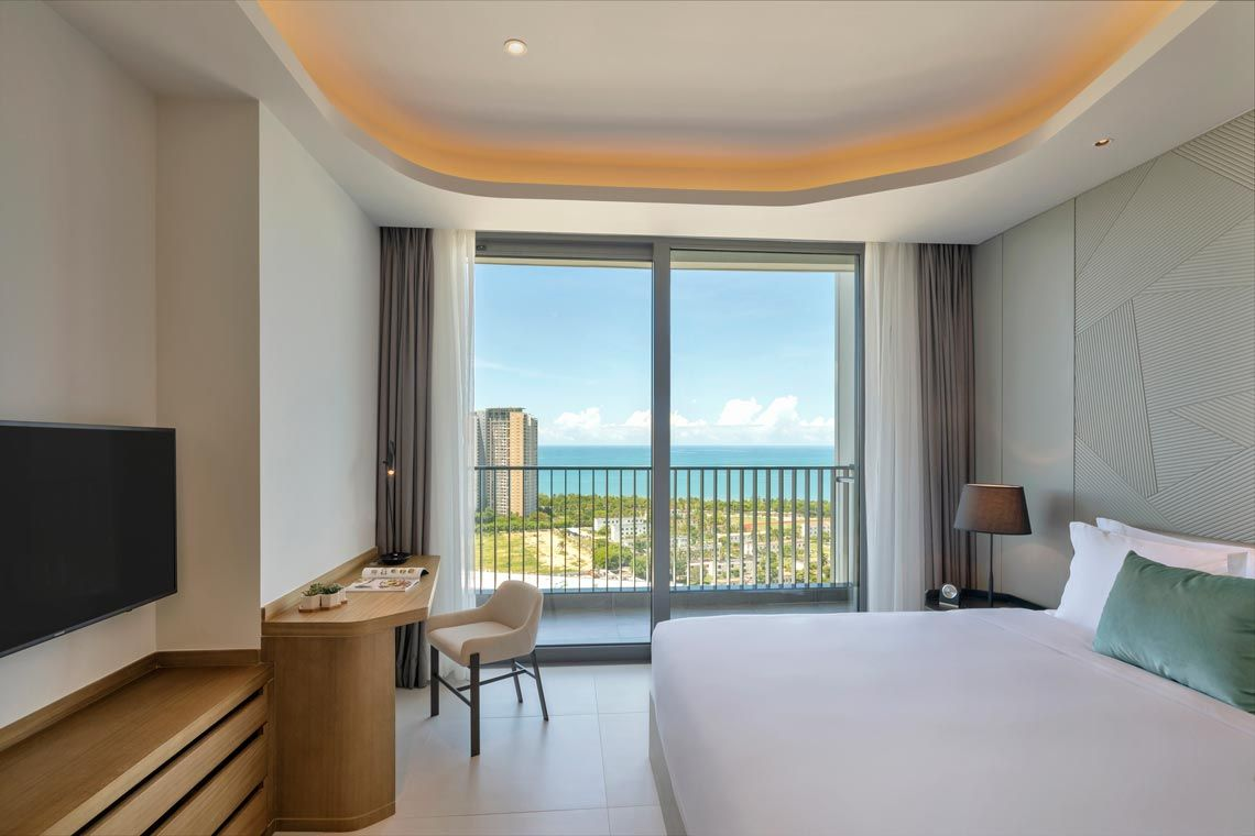 Oakwood Apartments Sanya's one-bedroom executive apartment with ocean view