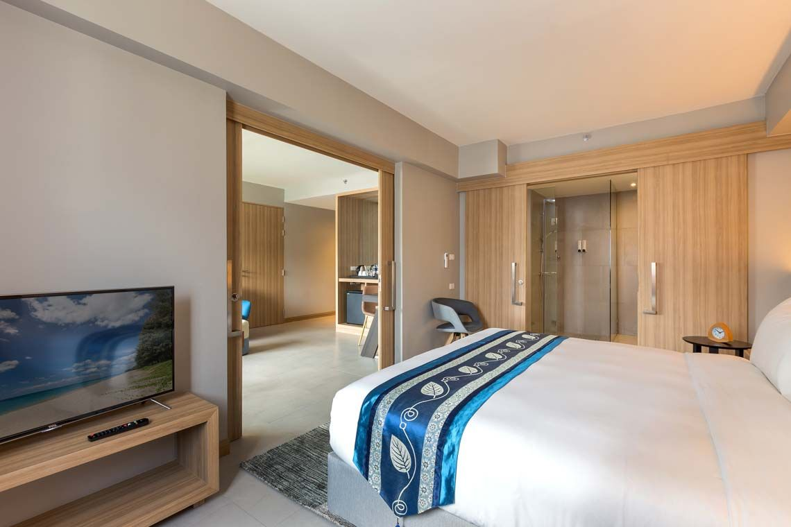 Oakwood Hotel Journeyhub Phuket's two-bedroom suite