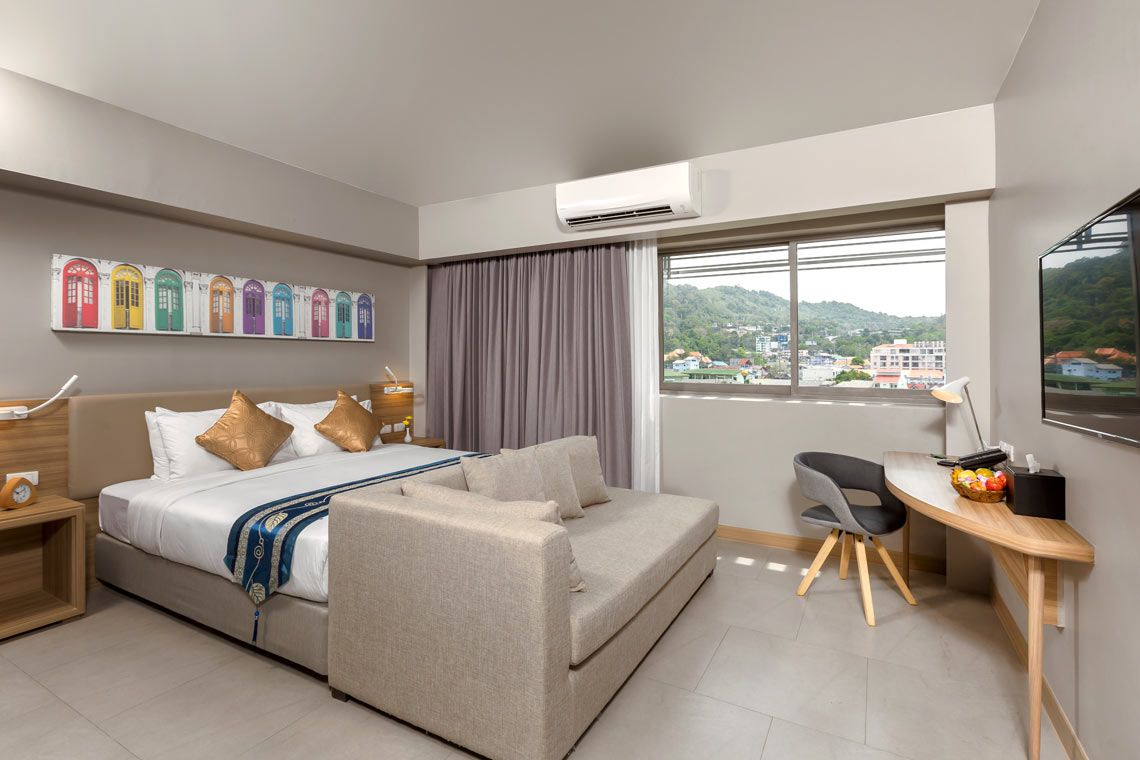 Oakwood Hotel Journeyhub Phuket's family suite