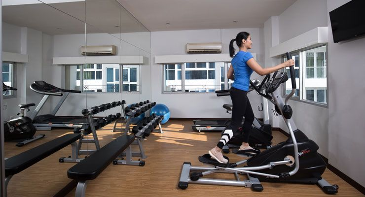 Oakwood Hotel Journeyhub Pattaya's fitness center
