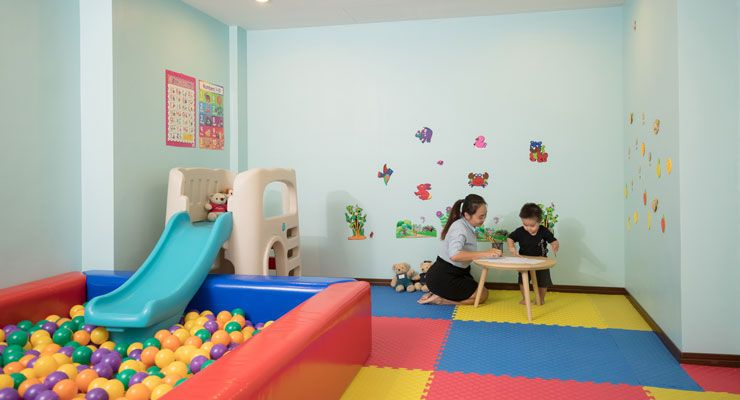 Oakwood Hotel Journeyhub Pattaya's children's playroom