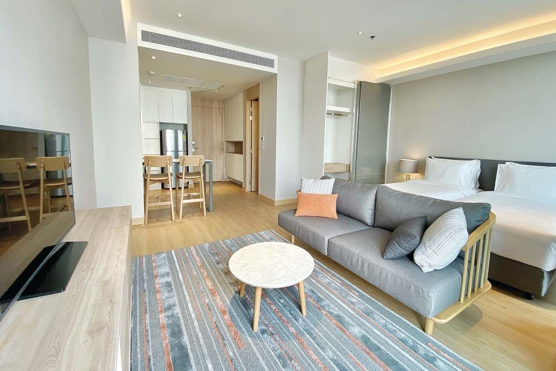 Oakwood Suites Bangkok's studio deluxe twin