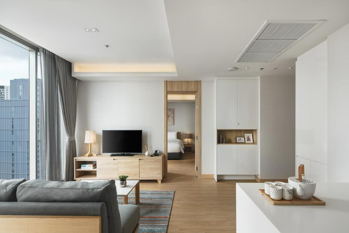 Oakwood Suites Bangkok's one-bedroom superior apartment