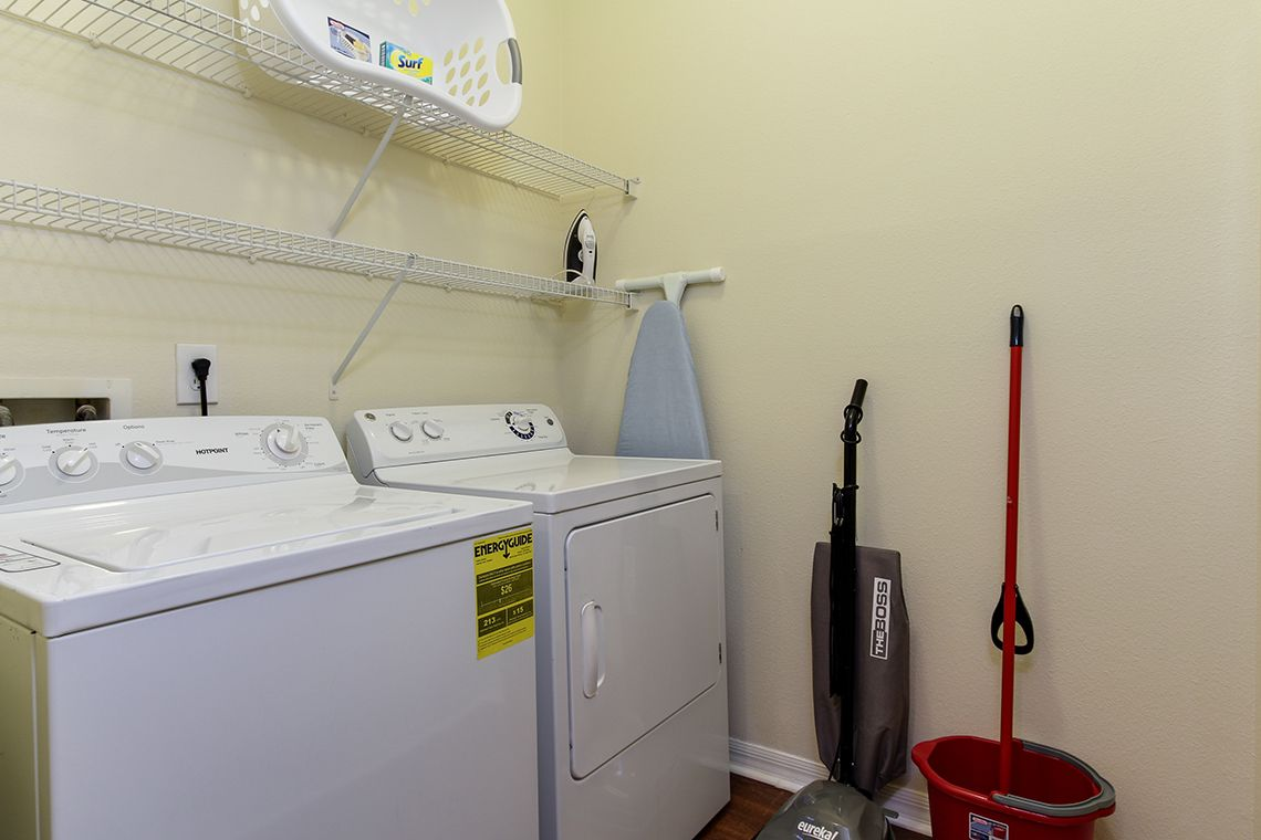 Oakwood Apartments Raleigh Brier Creek's two-bedroom apartment washer & dryer