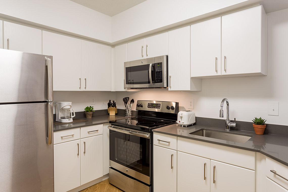 Oakwood Residence Crystal City's two-bedroom apartment kitchen