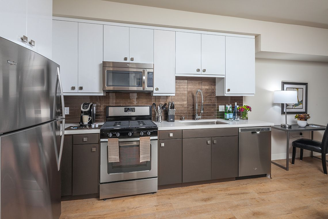 Oakwood Studios Los Angeles Olympic & Olive's two-bedroom apartment kitchen