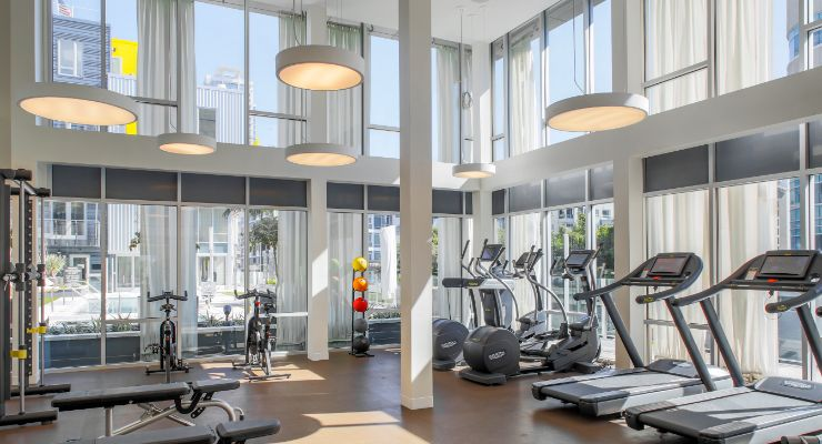 Oakwood Studios Los Angeles Olympic & Olive fitness center