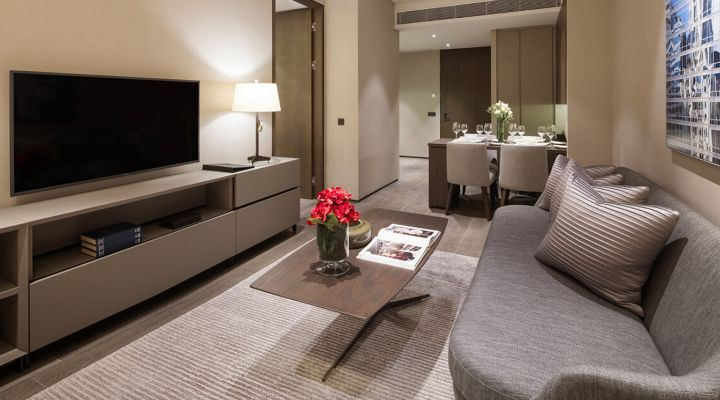 Oakwood Premier AMTD Singapore one-bedroom apartment's living room